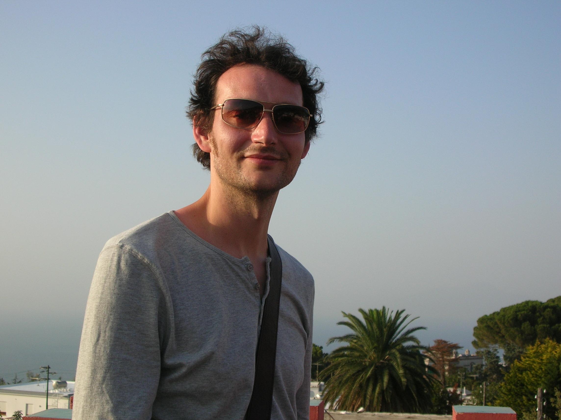 Dr David Leedal