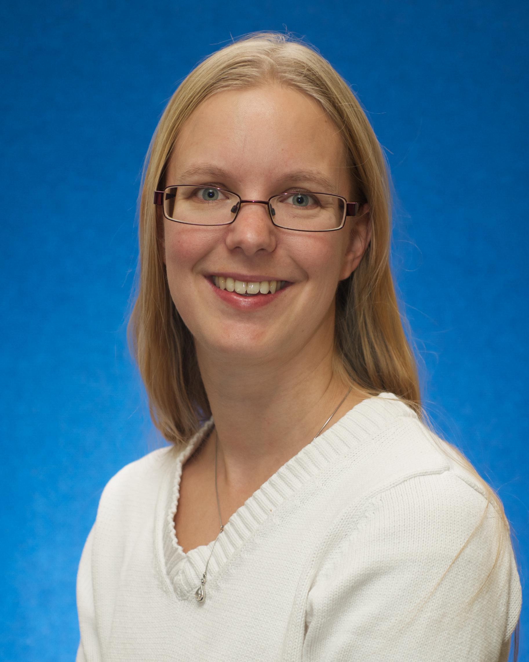 Dr Lara Warmelink