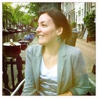 Dr Delphine Grass