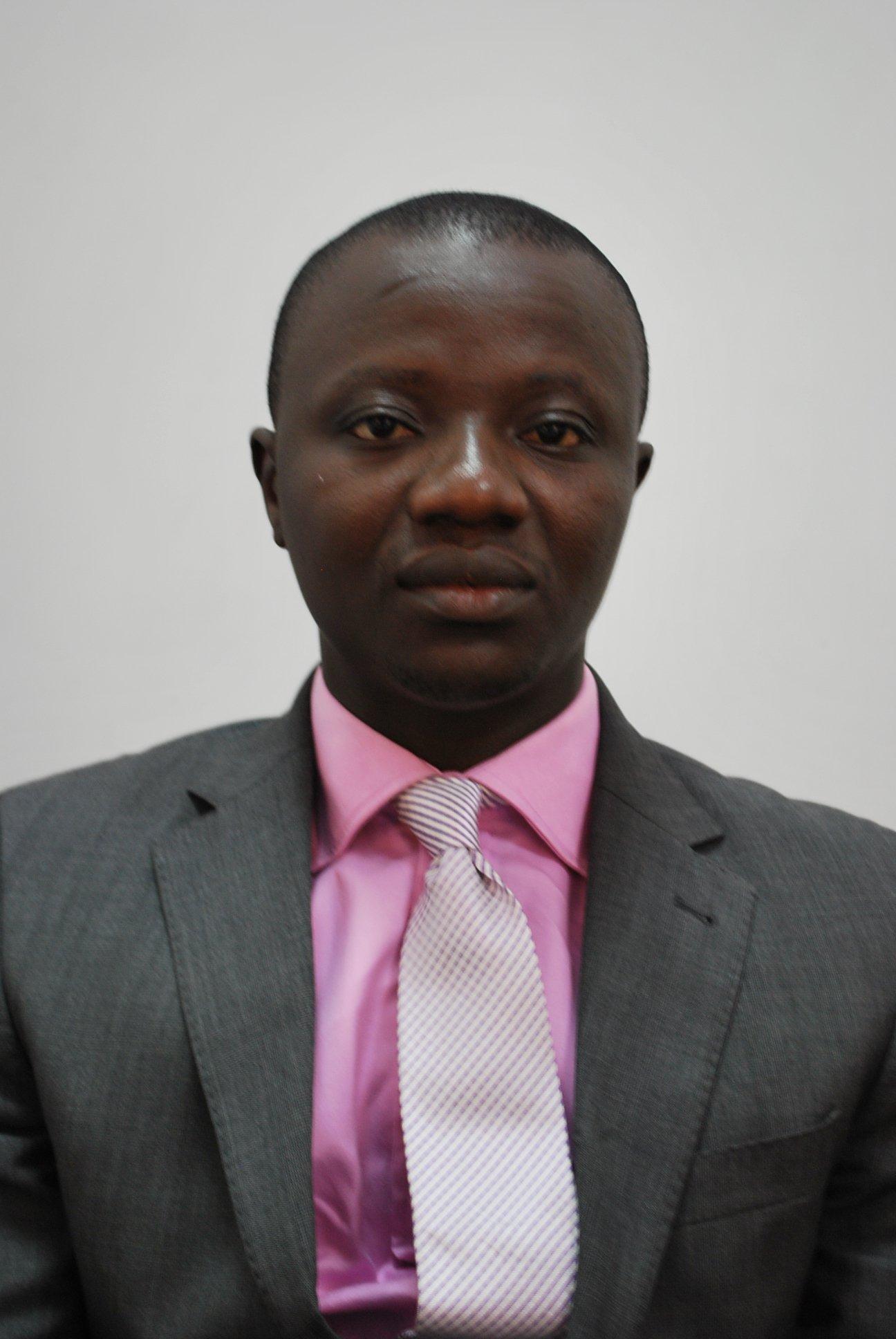 Dr Ernest Owusu-Dapaa