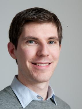 Dr Derek Kitson