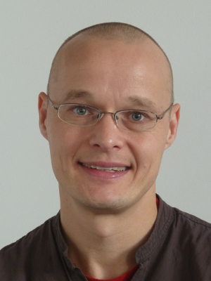 Dr Niels Laustsen