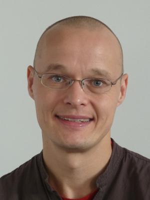 Dr Niels Laustsen