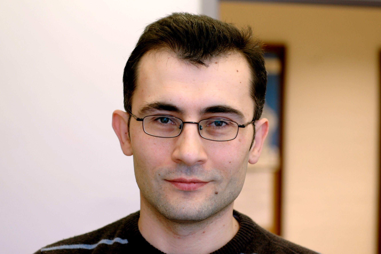 Dr Leonid Ponomarenko