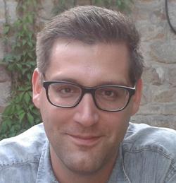 Dr Daniel Van Olmen