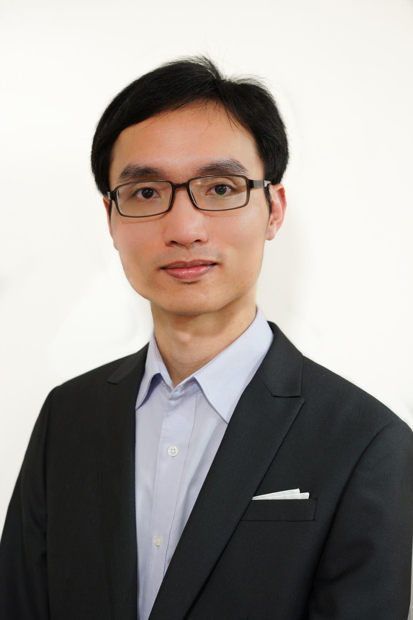 Shuangfa Huang